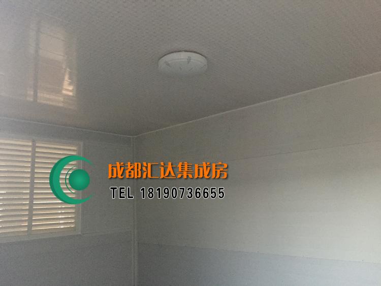 高新区金属雕花板垃圾房.jpg